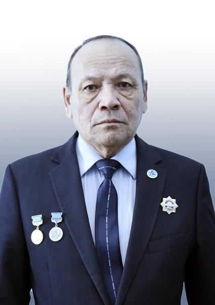 Кабикенов Сапар Жомартович, доцент,  заведующий кафедрой ТТиЛС