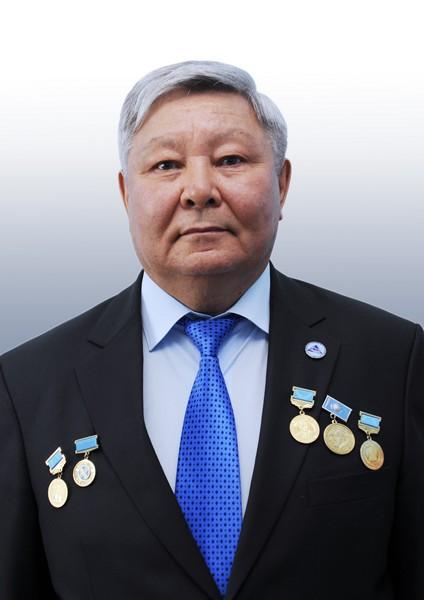 Утенов Есен Сыданович, профессор кафедры СМиТ